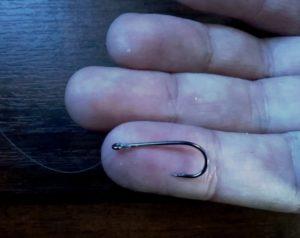 Как привязать крючок без узла